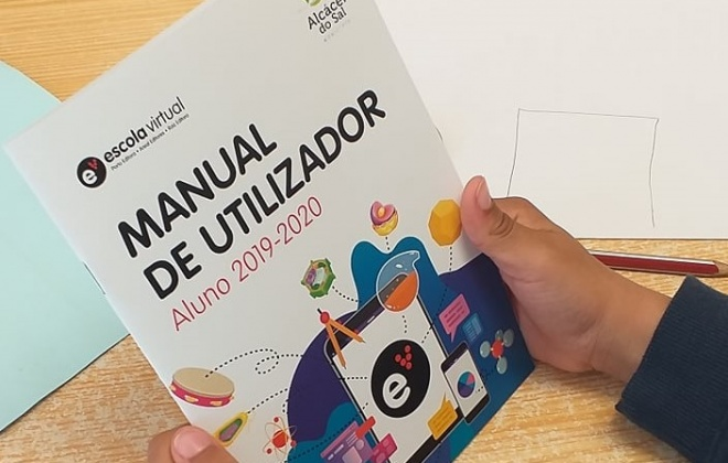 """Município de Alcácer do Sal entrega senhas de acesso à plataforma """"Escola Virtual"""""""
