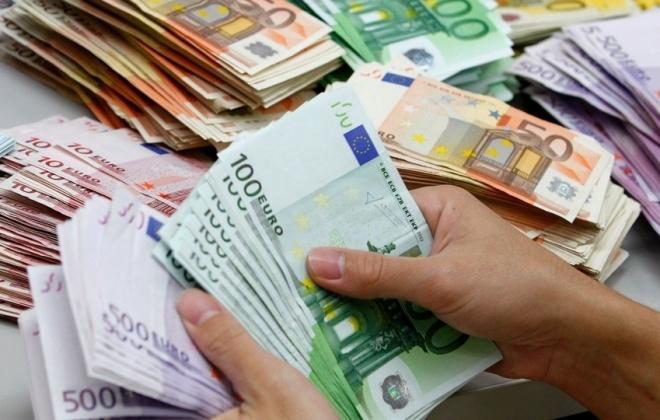 Covid-19: Governo aprova suspensão até setembro de créditos à habitação e de empresas