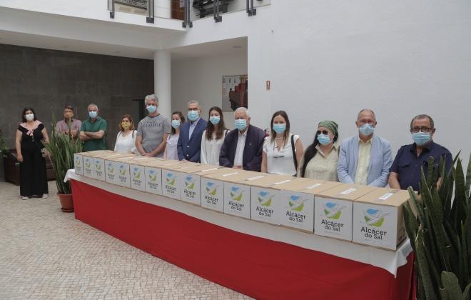 Alcácer do Sal oferece 10 mil máscaras cirúrgicas a 12 instituições do concelho
