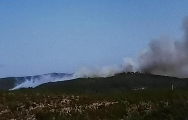 Incêndio em Aljezur continua com várias frentes ativas