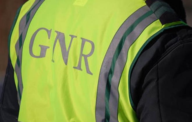 Tribunal condena a seis anos de prisão efetiva um dos GNR que agrediu imigrantes em Odemira