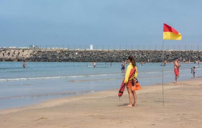 Primeiro mês de época balnear com nadadores-salvadores suficientes - federação