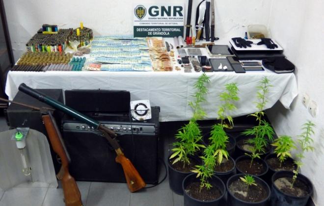 GNR de Grândola deteve quatro homens por tráfico de estupefacientes