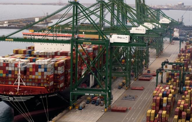 Porto de Sines resiste às quebras mundiais na carga contentorizada