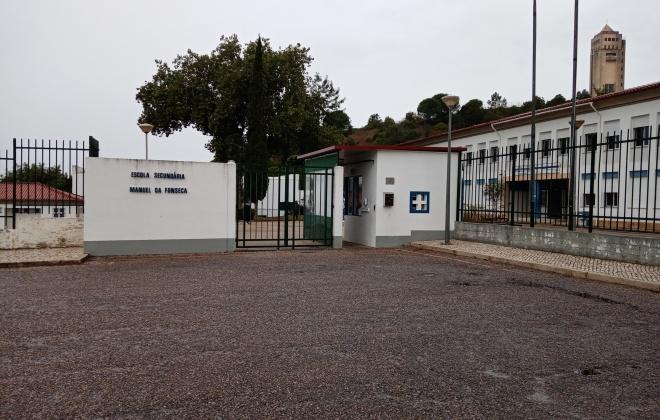 Alunos da Escola Manuel da Fonseca regressaram hoje à escola