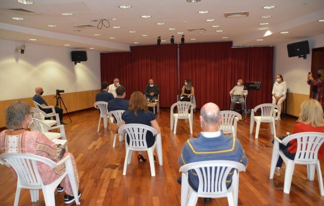 """Livro """"A Cegonha"""" foi ontem apresentado em Vila Nova de Santo André"""