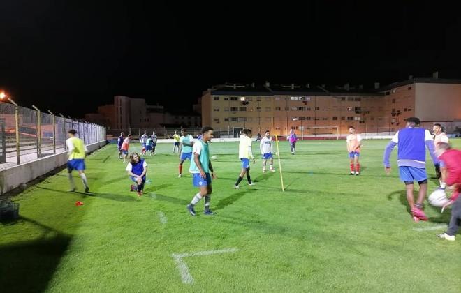 União de Santiago do Cacém regressou ontem aos treinos