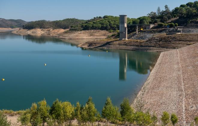 Aljezur e de Odemira refutam a posição da Associação de Beneficiários do Mira em cortar a água aos pequenos consumidores