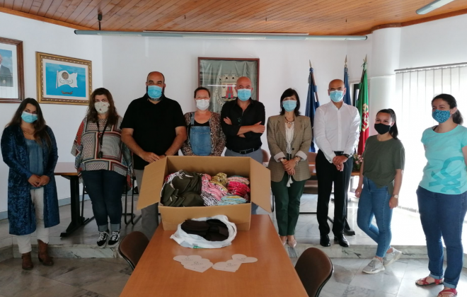 Grupo solidário entrega máscaras ao município de Aljezur