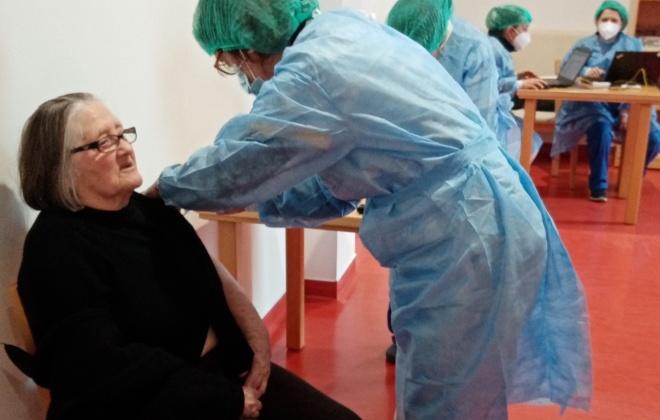 Idosos de Alvalade foram vacinados contra a Covid-19
