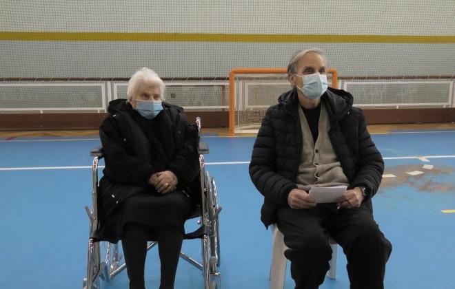 Silvéria Maria foi vacinada no dia em que completou 102 anos