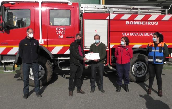 Câmara de Odemira oferece verba e viaturas aos bombeiros do concelho
