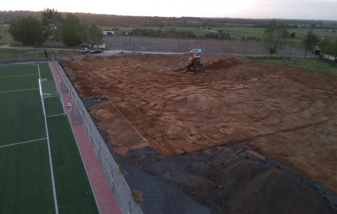 F.C. Alvaladense constrói campo de futebol 7 sintético