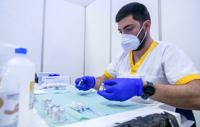 Covid-19: Portugal deve atingir dois milhões com primeira dose da vacina esta terça-feira