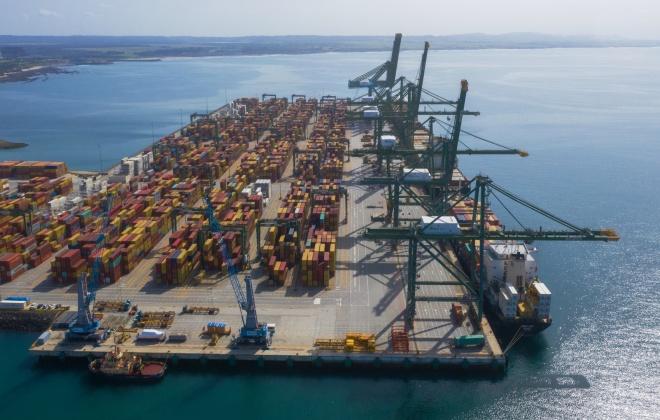 Sines foi o 2.º porto que mais cresceu no mercado europeu de contentores